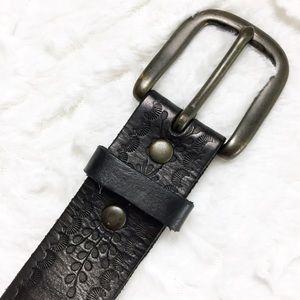 Old Navy Etched Leather Belt Black Floral